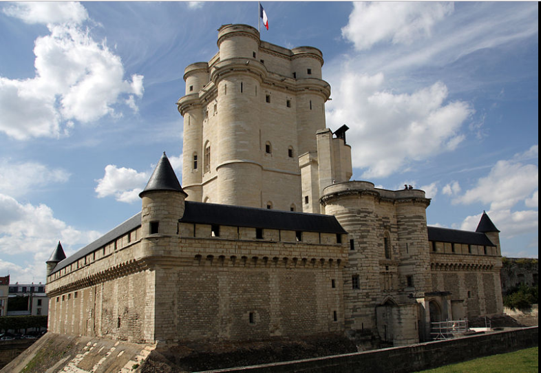 Vincennes Castle: Legendary since 12th century 6