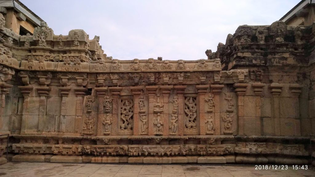Epic 9th century Sri Bhoga Nandishwara Temple 2
